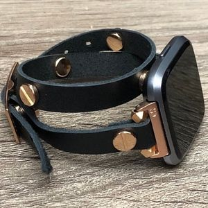 Black Leather Strap Rose Gold Fitbit Versa Band